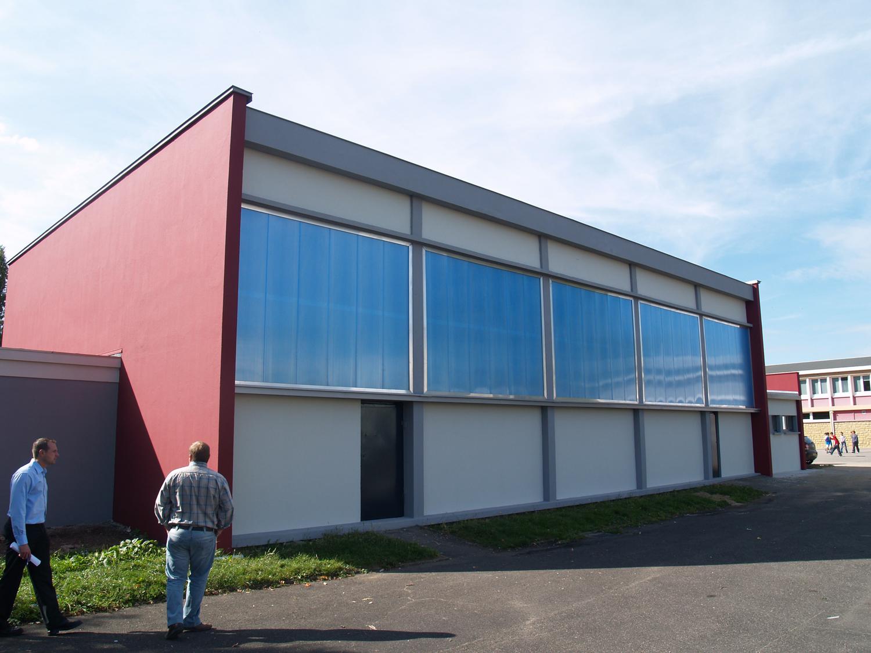 Extension du gymnase jules ferry uckange 57 fabrice theis architecte d p l g thionville for Architecte thionville